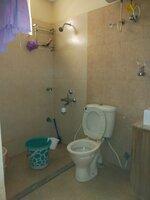 15A8U00266: Bathroom 2