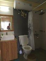 15A8U00266: Bathroom 1