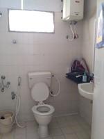11A4U00052: Bathroom 1