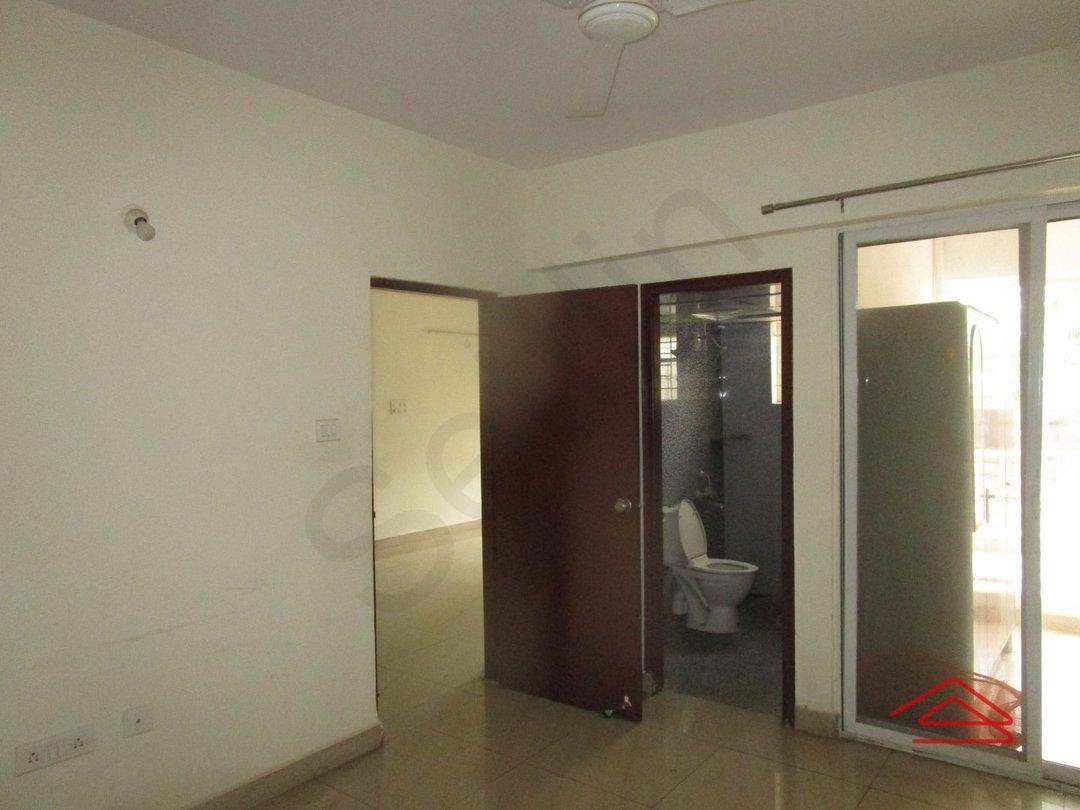 13OAU00152: Bedroom 1