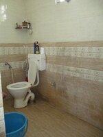 15J7U00113: Bathroom 1