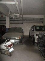 15J7U00113: parkings 1