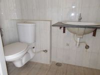 13J1U00082: Bathroom 1