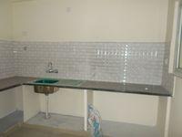 13J1U00082: Kitchen 1