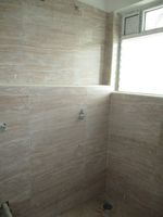13J1U00271: Bathroom 1