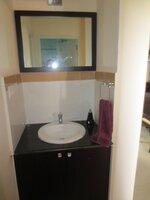 15F2U00272: Bathroom 1