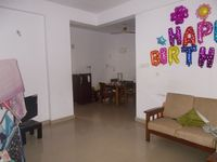 12DCU00175: Hall 1