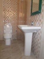 15M3U00137: bathroom 3