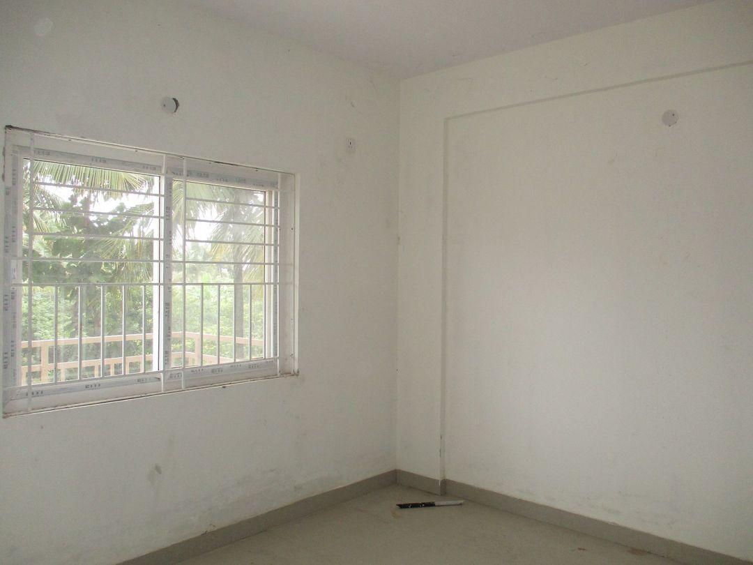 10S900075: Bedroom 1