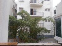 12S9U00200: Balcony 1