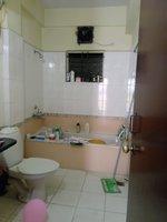 14F2U00106: Bathroom 1