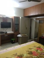 13J6U00576: Bedroom 1