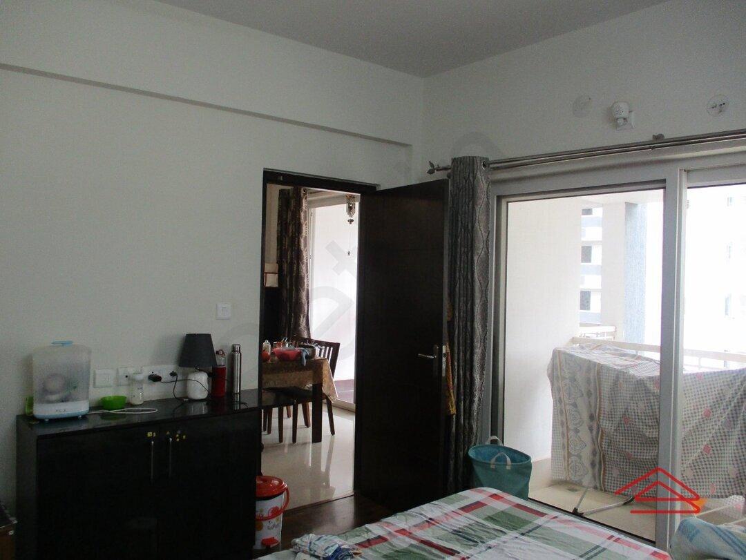 15S9U00943: Bedroom 1