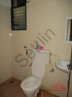 10NBU00636: Bathroom 2
