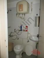 10NBU00636: Bathroom 1
