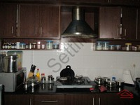 10NBU00636: Kitchen 1