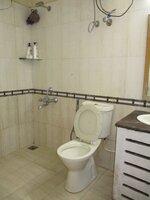 13S9U00280: Bathroom 1