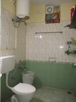 15A4U00051: Bathroom 2