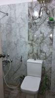 12M5U00225: Bathroom 3