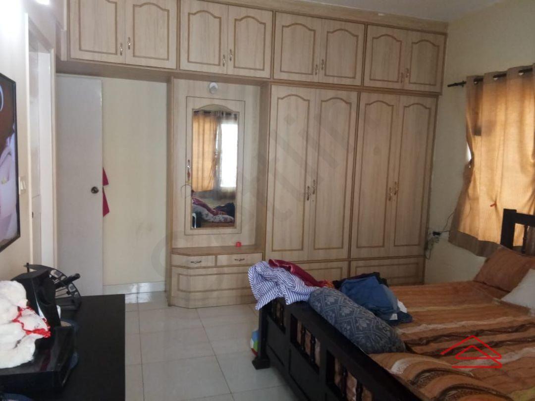 12M5U00225: Bedroom 1