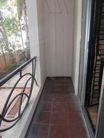 12J7U00318: Balcony 2