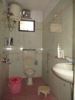 11NBU00441: Bathroom 1