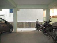 11NBU00441: parking