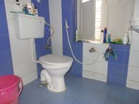12OAU00138: Bathroom 1