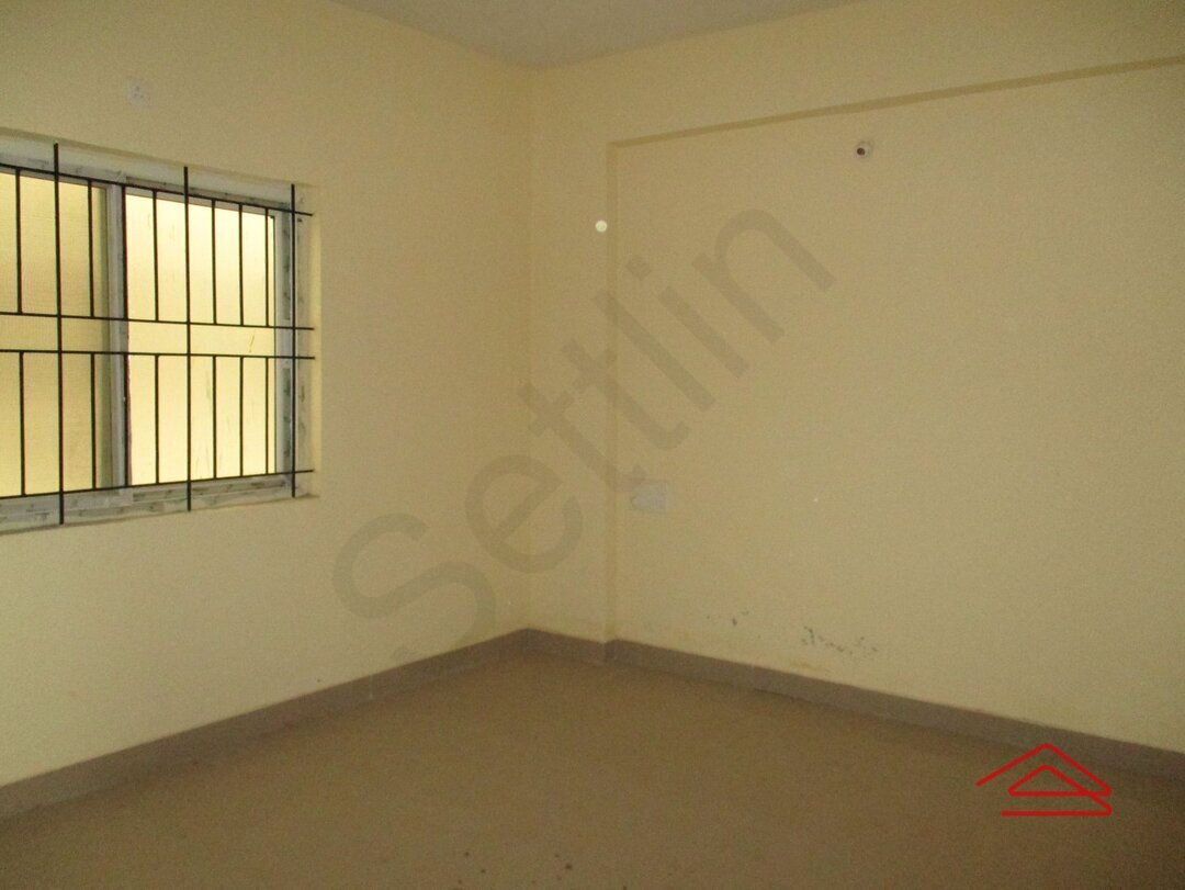 15S9U00255: Bedroom 1