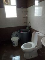 12M5U00408: Bathroom 1