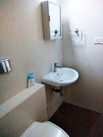 15A4U00298: Bathroom 2