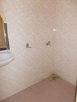 13M3U00358: Bathroom 3