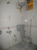 14A4U00406: Bathroom 1