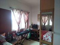 12J6U00463: Bedroom 1