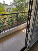 13NBU00363: Balcony 1