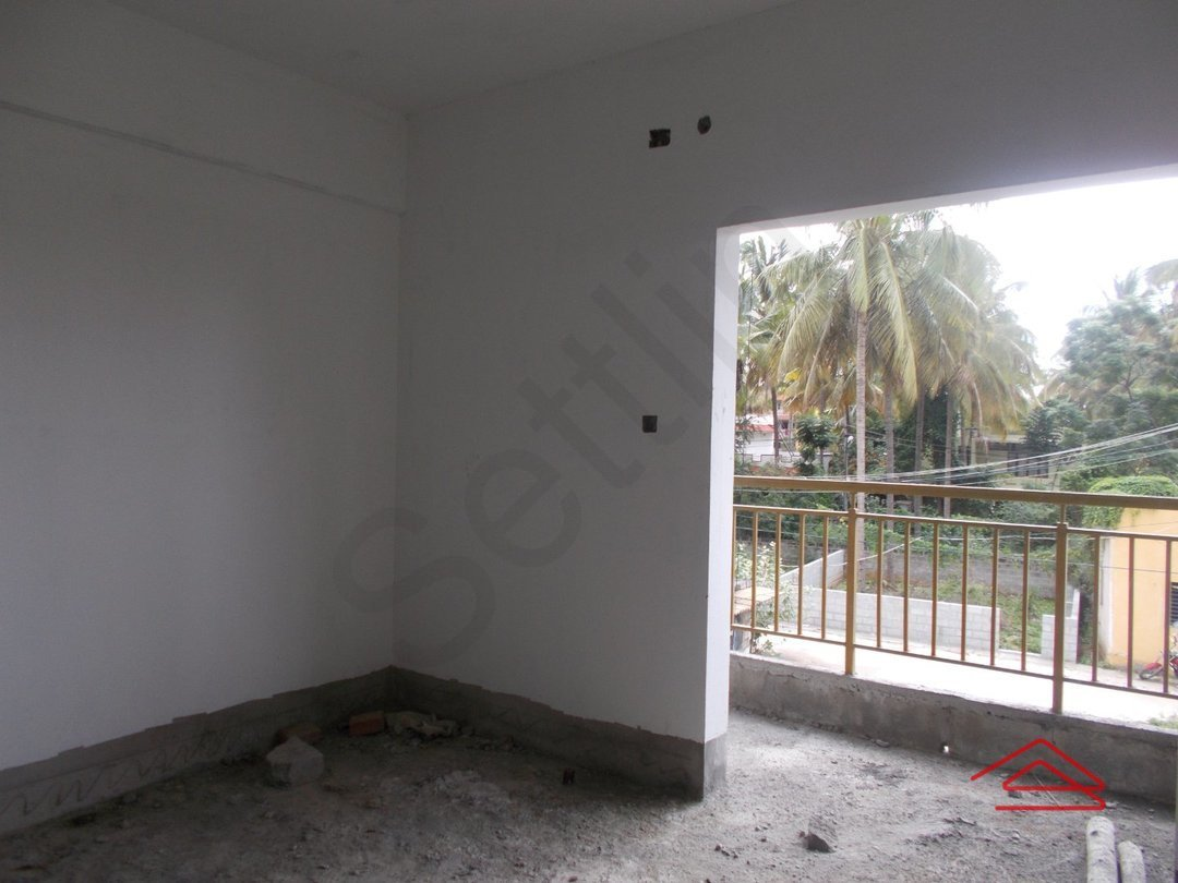14M3U00335: Bedroom 1