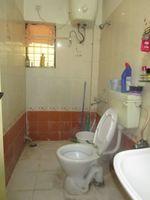13J7U00173: Bathroom 2