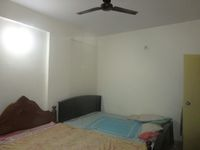 13J7U00173: Bedroom 1