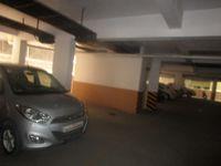 13J7U00173: parking 1