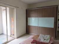 13J7U00130: Bedroom 3