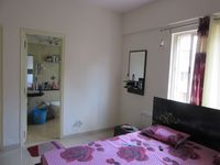13J7U00130: Bedroom 2