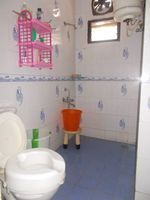 12J6U00087: Bathroom 2