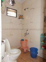12J6U00087: Bathroom 1