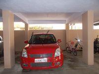 12J6U00087: parking 1