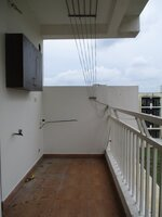 15OAU00031: Balcony 1