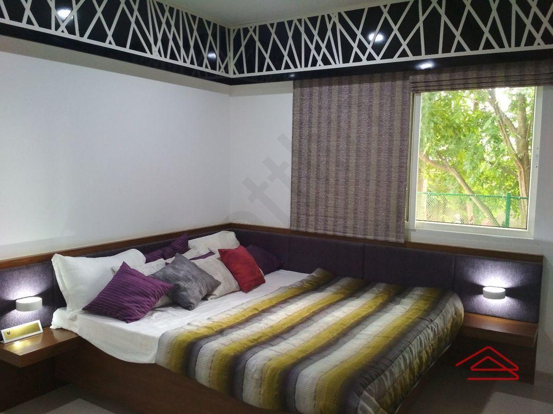 13M5U00448: Bedroom 1