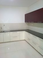 13M5U00448: Kitchen 1