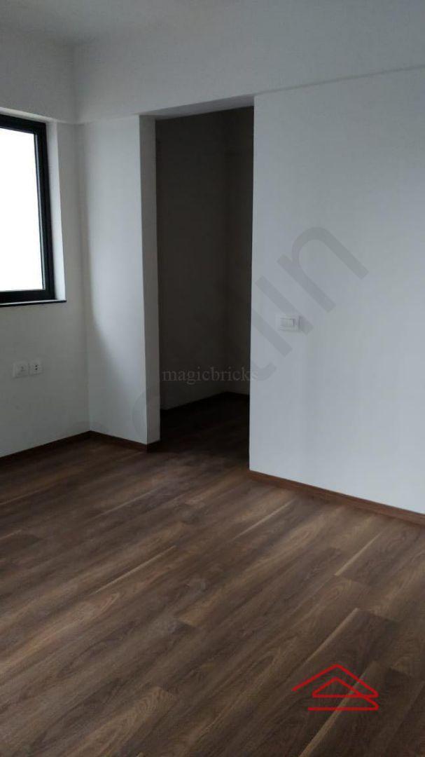13M3U00410: Bedroom 1