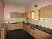 13J6U00309: Kitchen 1