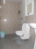 14M3U00086: Bathroom 2
